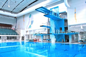 Indoor_Swimming_Pool_with_Diving_Platform_and_Springboards