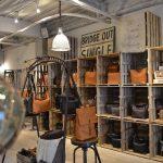 丈夫な日本製の革トートバッグのメーカーは?SLOWの評判と店舗は?