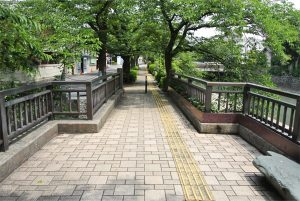 midori-bridge-01